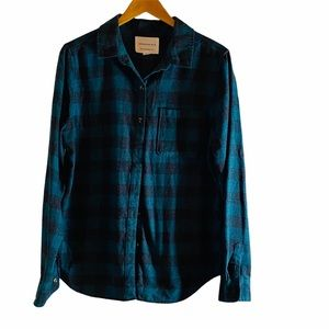 Aeropostale Boyfriend Fit Flannel Shirt Size: L